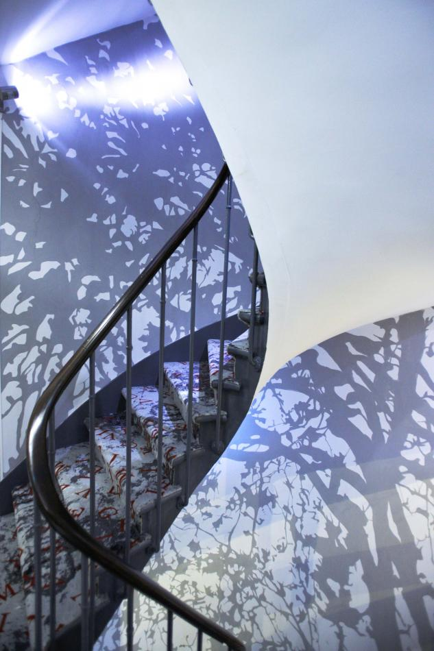Apostrophe Hotel - stairs